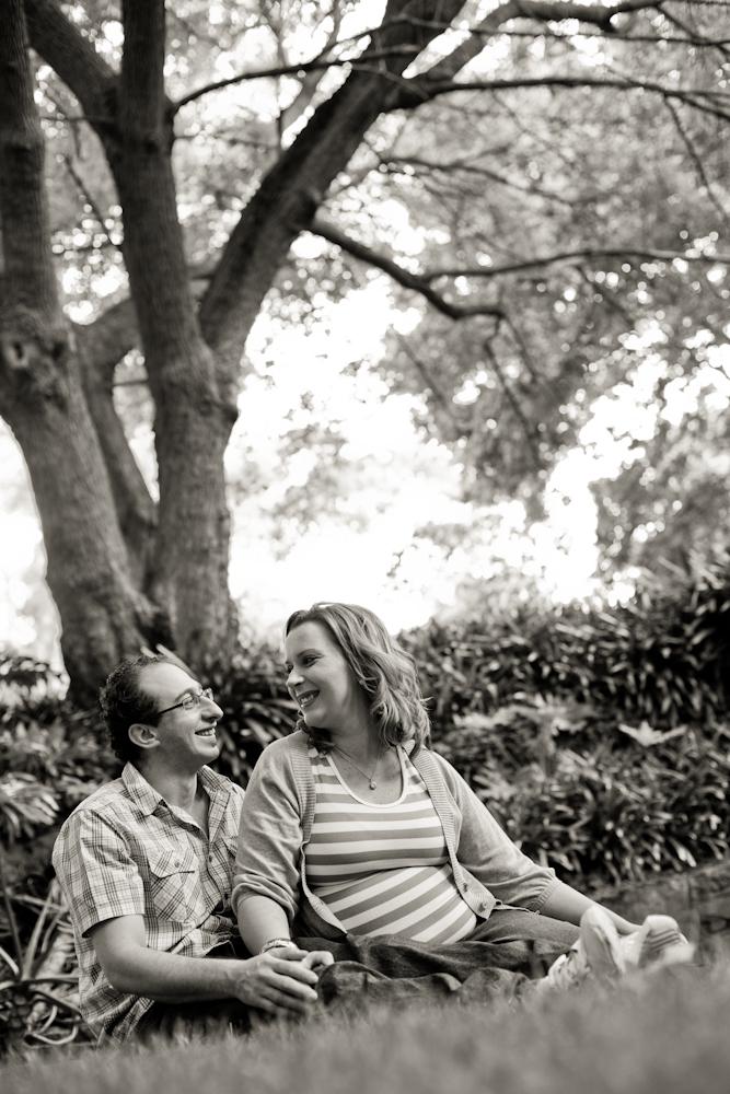 viv and steve blog 2 anticipation..   southern sydney maternity photographer