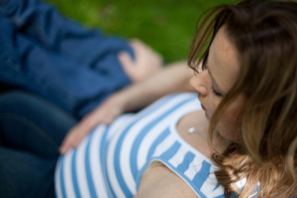 viv and steve blog 3 anticipation..   southern sydney maternity photographer