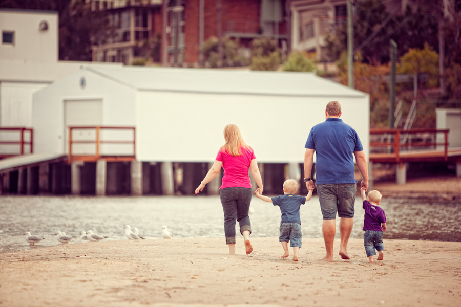 summer beach family - sutherland shire family photographer