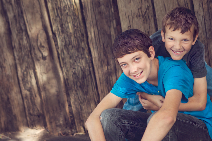 urban brothers - sutherland shire family photographer