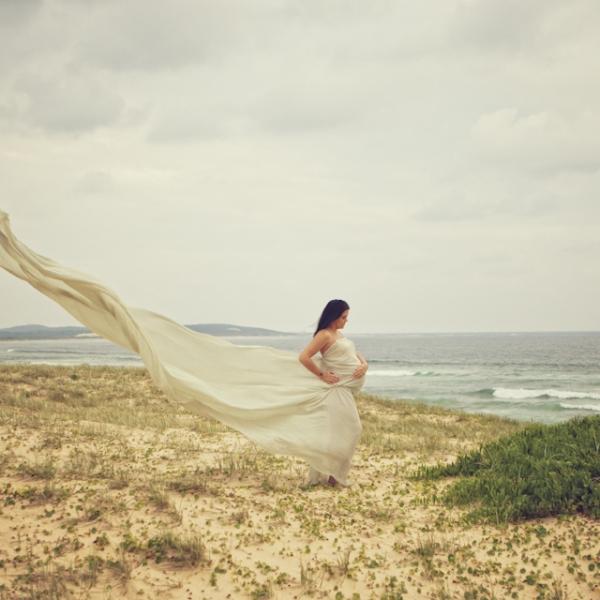 beach beauty - sutherland shire maternity photographer