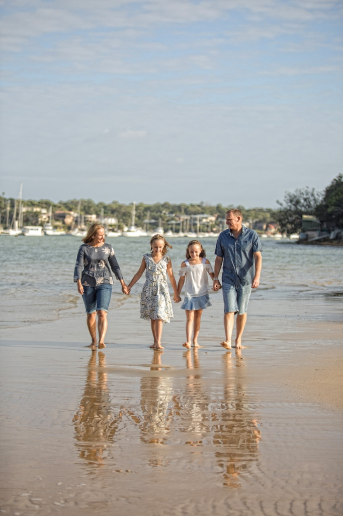 storyboard 20 682x1024 beach fun   sutherland shire family photographer