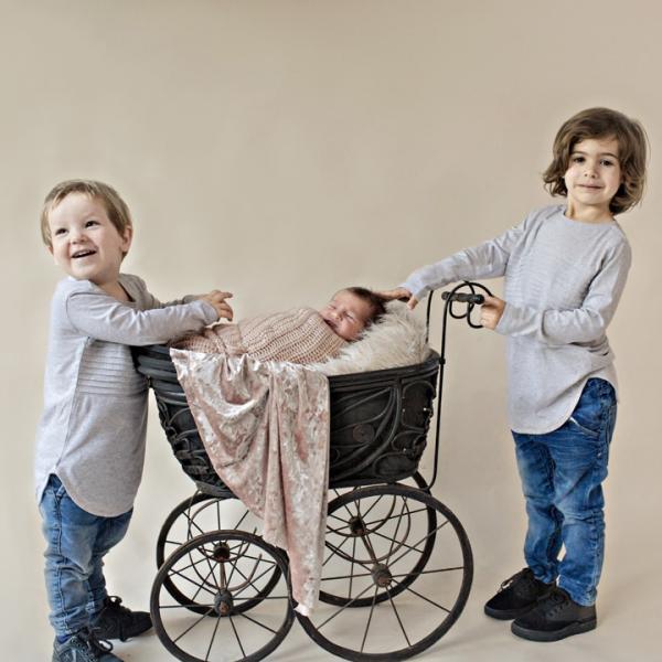 big brothers - sutherland shire newborn photographer